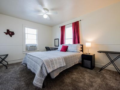 Photo for ◈ Cozy Joint on Main ◈ 1BR/1BA ◈ One Block To Tech