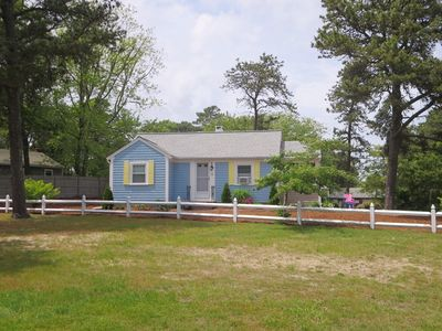 Photo for Sol et Mer - AC, Walk to beach & town, pet friendly! Great outdoor patio!
