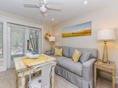 Photo for Tropical Breeze Resort - Full Kitchen - Located in Siesta Key Village - Short Walk to Beach. INCLUDED: Daily Housekeeping, Bikes, 2 Pools/1 Spa, Beach Chairs, Beach Towels, WiFi, Parking , Games, BBQs and More!