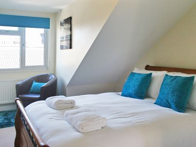 Photo for Albany - one double bed in the master bedroom, 2 single beds