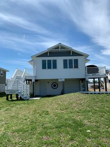 Photo for 3 Bedroom, 2 Bath home on bay with an incredible view!