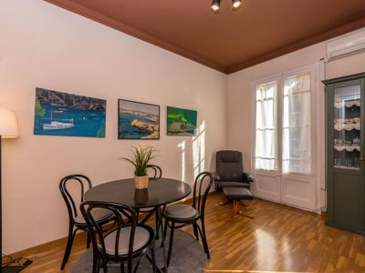 Photo for 2 bedroom Apartment, sleeps 3 in Barcelona with Air Con