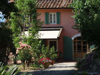 Photo for Yorkie Cottage in Lucca in the grounds of a historic house