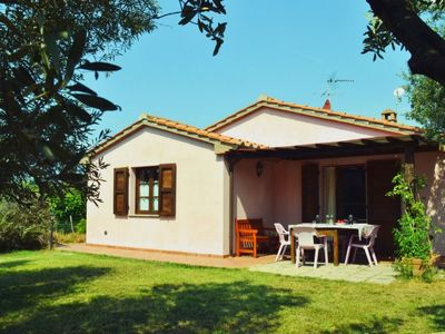 Photo for San Giusto a Fortuna Holiday Home, Sleeps 4 with Pool, Air Con and Free WiFi