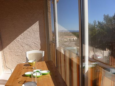 Photo for 3 bedroom Apartment, sleeps 6 in Giens with Air Con