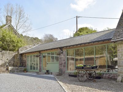 Photo for 1 bedroom accommodation in Derwydd, near Llandeilo