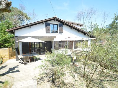 Photo for 4BR Villa Vacation Rental in Arcachon, Nouvelle-Aquitaine