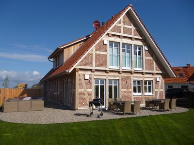 Photo for Fantastic wellness country house, 4 bedrooms, 4 bathrooms, sauna, 2 whirlpools, garden