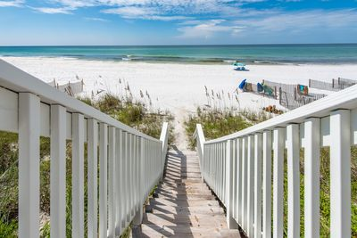 """Seagrove """"Our Southern Charm"""" 701 Eastern Lake Road - Private Be"""