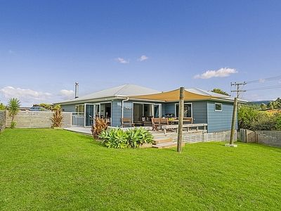 Photo for 4BR House Vacation Rental in Whangamata, Coromandel