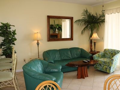 Photo for Beautiful 5th floor Pet Friendly Unit! Easy to book!