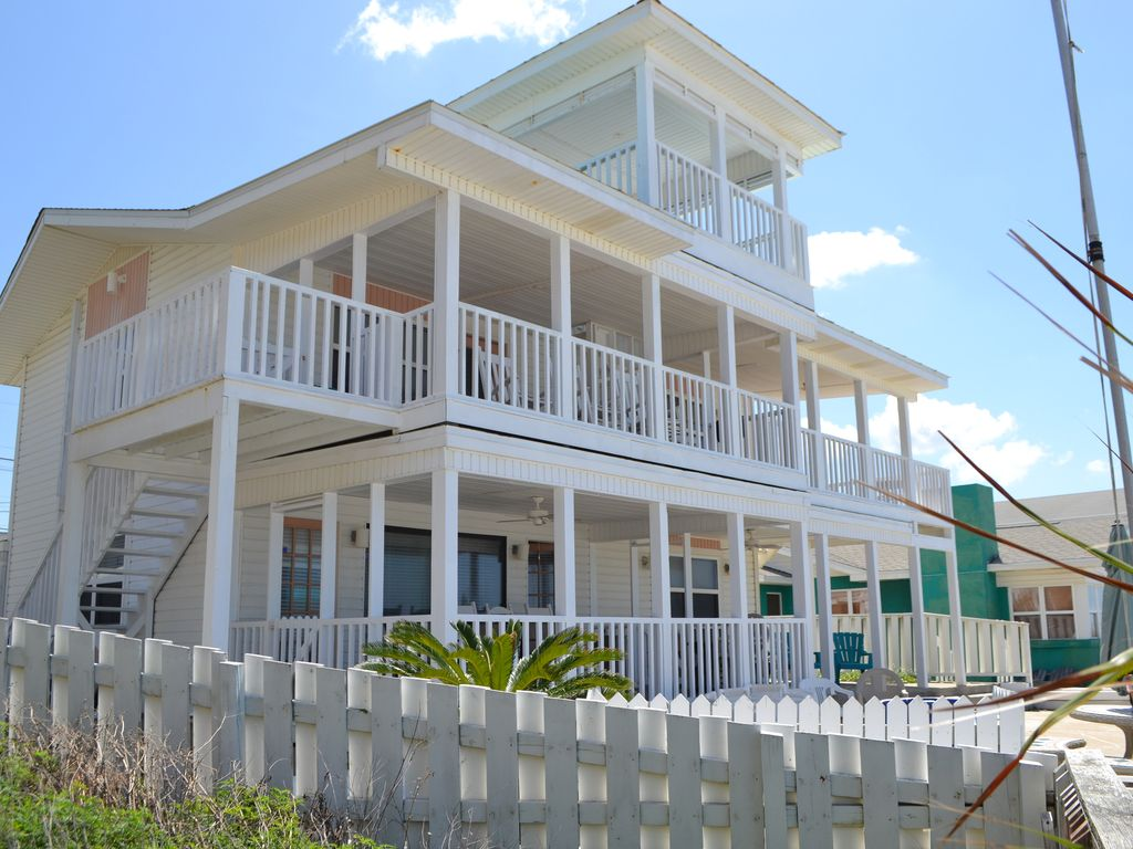 Bahama Mama Beach House 5 Bd 3 Bth Sleeps 17 Up To 29 With Cottages Next Lot