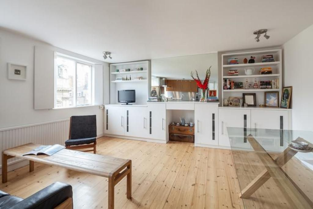 London Home 287, Beautiful 5 Star Holiday Home in a Prime Location in London - Studio Villa, Sleeps 4