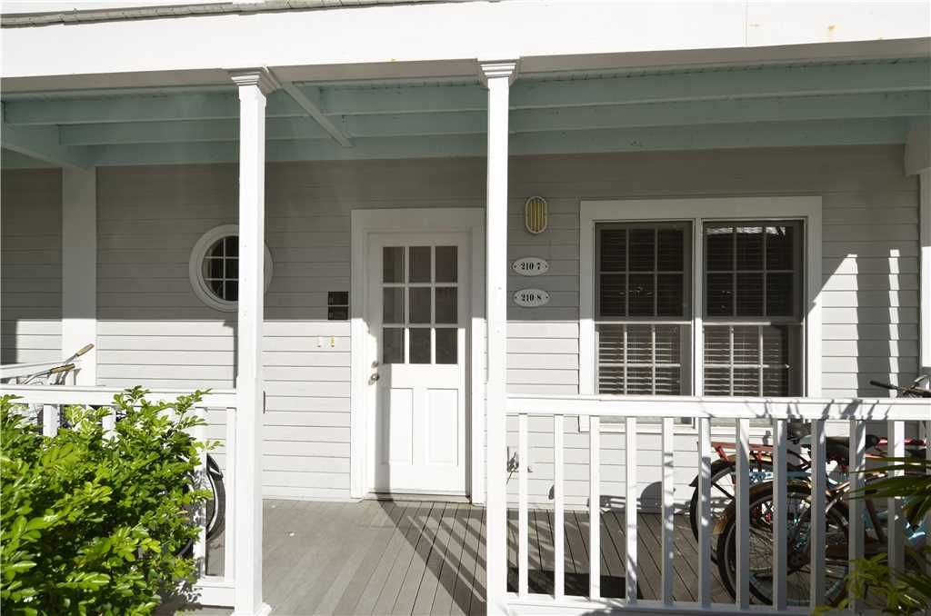 Key West Charming By At Home In