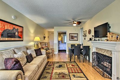 The spacious interior boasts 600 square feet for up to 6 guests.
