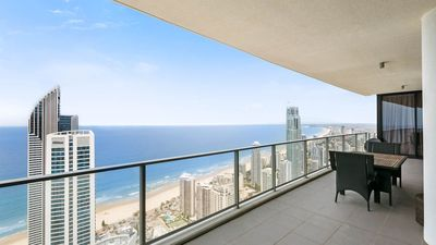 Photo for Stunning Circle on Cavill Sub Penthouse