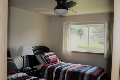 Bedroom 3, 2 twin beds & ceiling fan