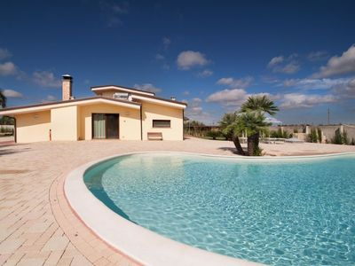 Photo for Vacation home meadow luxury LE07504491000002314 in Racale - 12 persons, 4 bedrooms