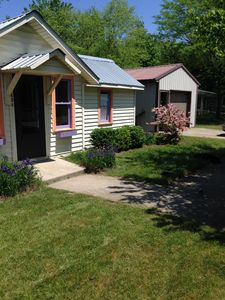Photo for Saugatuck/Douglas Cozy Cottage Walking Distance To Town, 1 Mile To Lake Michigan
