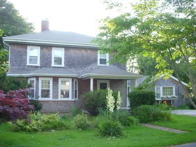 4br house vacation rental in hyannis massachusetts 16905 rh agreatertown com Small Cottages hyannis port cottage rentals