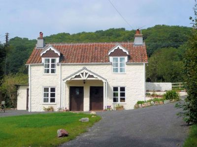 Photo for 3 bedroom House in Clevedon - MENDI