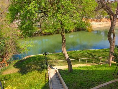 Photo for 2BR Condo Vacation Rental in New Braunfels, Texas