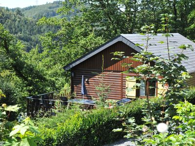 Photo for Cosy chalet with sauna in a quiet area just outside La Roche