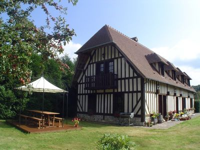 Photo for Large delightful house in private grounds, 15 minutes from Honfleur
