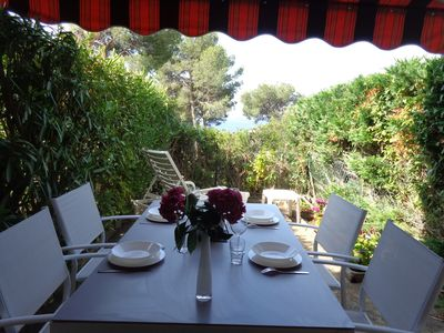 Photo for T2 at the Almanarre, sea view, south terrace, garden, beach walk, ideal surf