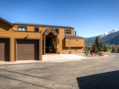 Photo for Walkout 2 Br/2 Ba Condo On Lake Dillon - Unobstructed Spectacular Mountain Views