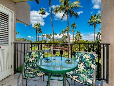 Photo for Awesome View! Island Style Condo w/Full Kitchen, WiFi, AC–Kamaole Sands 10212