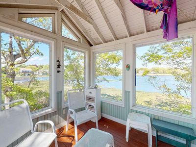 Photo for Stunning home on the bay with fantastic views and water access!
