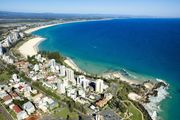 Maybury Unit 5 - Right in the heart of Rainbow Bay in Coolangatta