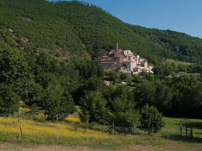 Photo for Boutique Umbrian home with spa & hotel facilities