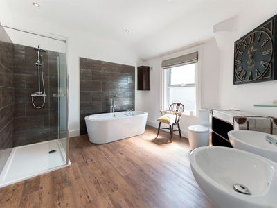 Photo for 1 bedroom Apartment in Harrogate - HH043