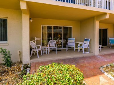 Photo for A105- Perfect 2/2 condo! Fantastic beachfront location just off Flagler Ave!
