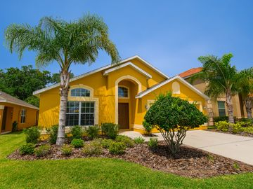 Mickey's Ritz- Luxury 4 Bed, 3 Bath + Pool/Spa Villa only 4 miles from Disney
