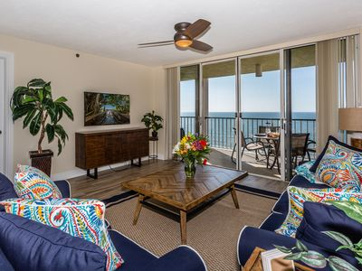 Photo for 🏖 DISCOUNTED APRIL & MAY Newly Renovated 3 Bed/2 Bath Beachfront Condo
