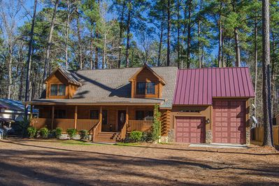 80180de0 Log Home located on Clark Hill/Strom Thurmond Lake with Dock. Pet Friendly  - Lincolnton