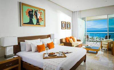 Photo for Luxury beach front resort at Vidanta  2 bedroom with kitchen and living-room