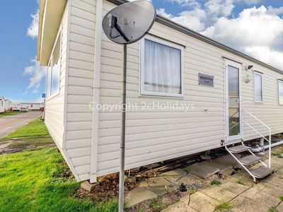 Photo for Great caravan for hire sleeping 8 people in Scratby Norfolk ref 50041G
