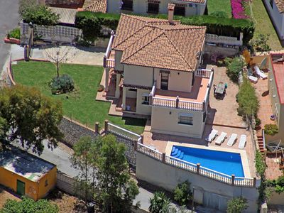 Photo for House with 4 bedrooms in Fuengirola, with private pool, furnished terrace and WiFi - 500 m from the beach