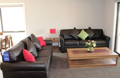 Photo for Lalor Terrace -  Melbourne Comfortable 4 Bdrm home, Great Rates for Groups