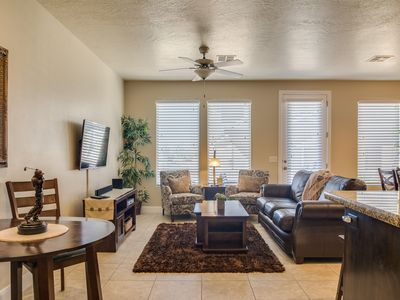 Photo for Awesome Kitchen, 4 BED Wi-Fi, 2heated pools, hot tub, BBQ on private back Patio!