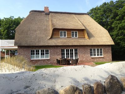Photo for 5 star property under thatch, that leaves nothing to be desired!