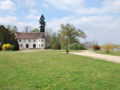 Photo for Cottage on the Loire (Loiret). 8 bedrooms