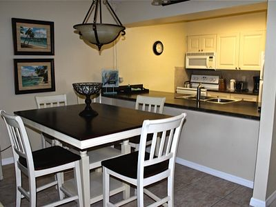 Photo for BEAUTIFUL SANIBEL ISLAND CONDO - Recently Updated - Many Amenities