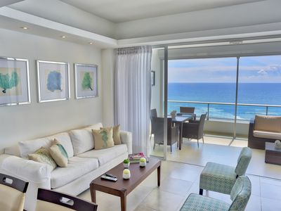 Photo for Awesome Ocean View Two Bedrooms Apartment (818)