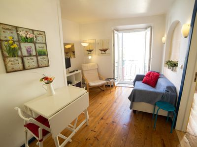 Photo for Duque Central apartment in Baixa/Chiado with WiFi.