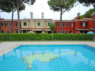 Photo for Apartment Michelangelo in Bibione - 7 persons, 3 bedrooms